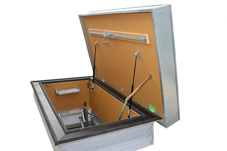 Weather resistant and insulated hatch and flat roof access ladder