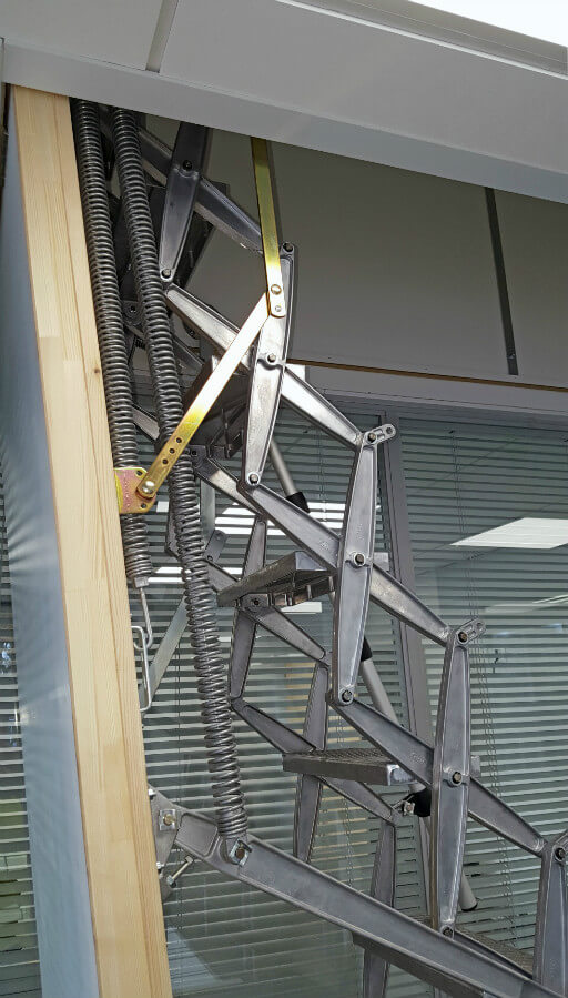 Supreme heavy duty loft ladder with suspended ceiling hatch