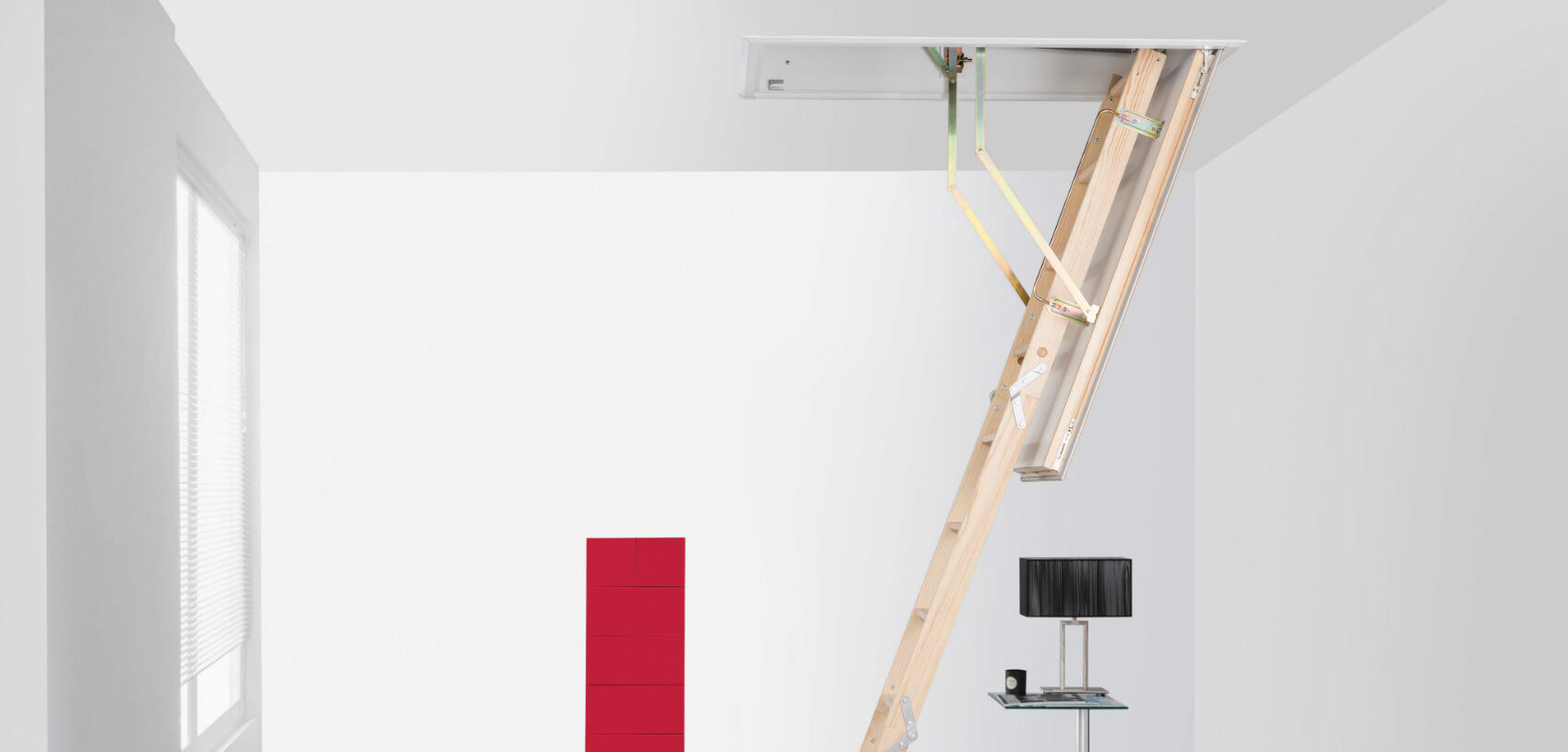 Loft hatch and ladder. The Quadro is made-to-measure with an insulated loft hatch.