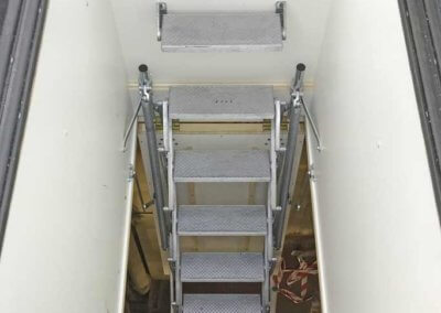 BritP&S_Retractable Ladder