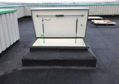BritP&S_roof hatch